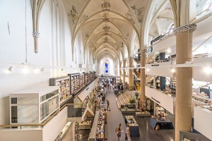 Crkve iz XIII i XV veka pretvorene u moderne knjižare