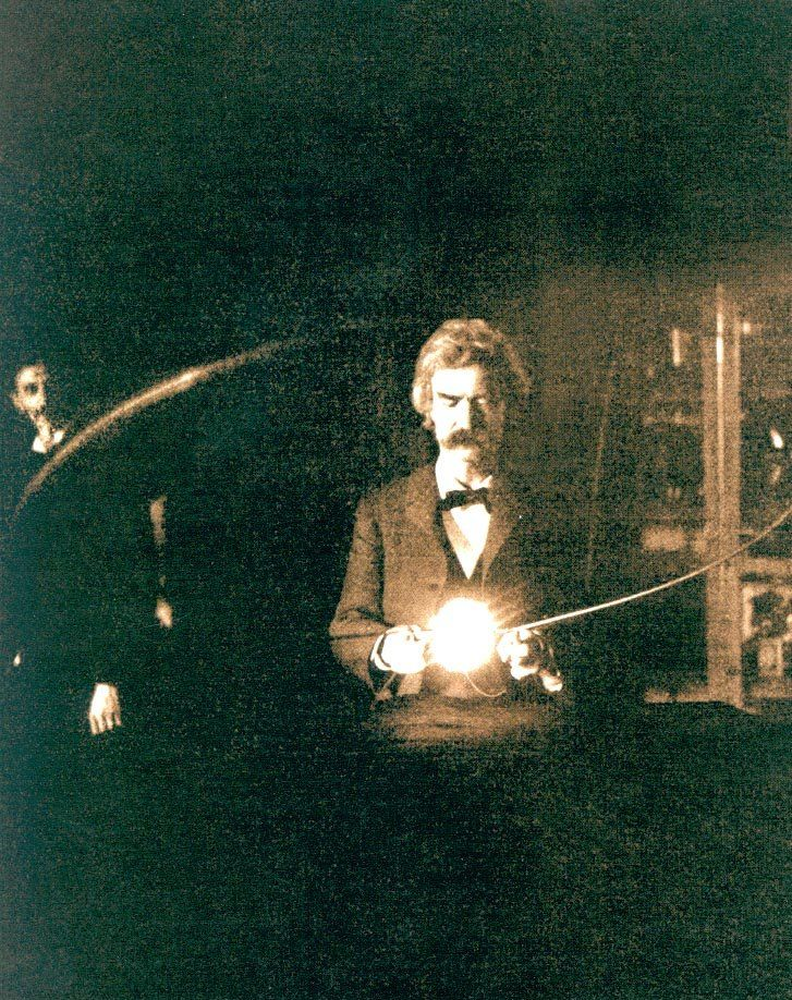 Twain_in_Tesla_Lab