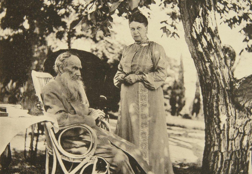 Tolstoj i Sofija, 1902. Foto: www.nytimes.com